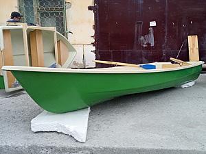 Стеклопластиковая лодка Нейва-4